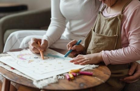 Pourquoi inscrire son enfant en toute petite section de maternelle?